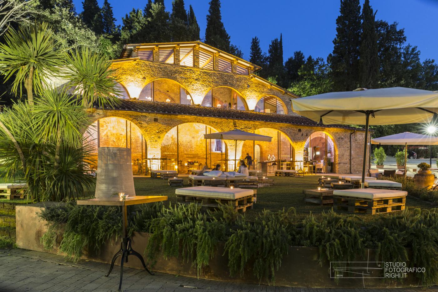 Location la fornace montelupo for Piani di casa con spazio di vita all aperto